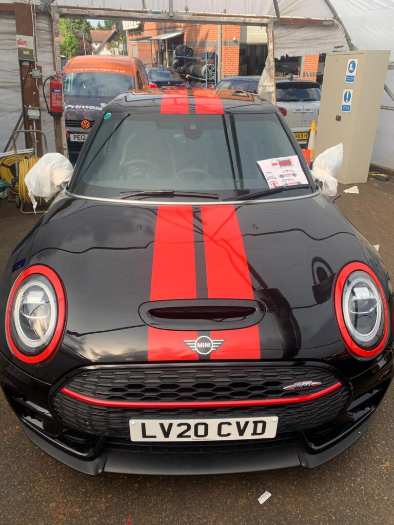 Black and Red Mini Head On